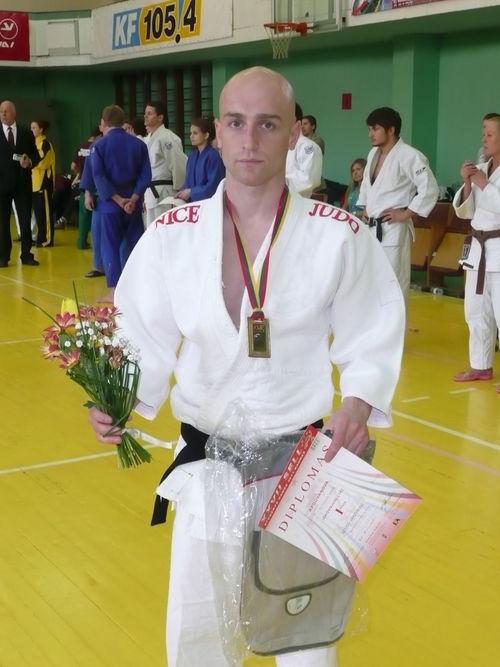 JUSTAS ČETVERGAS