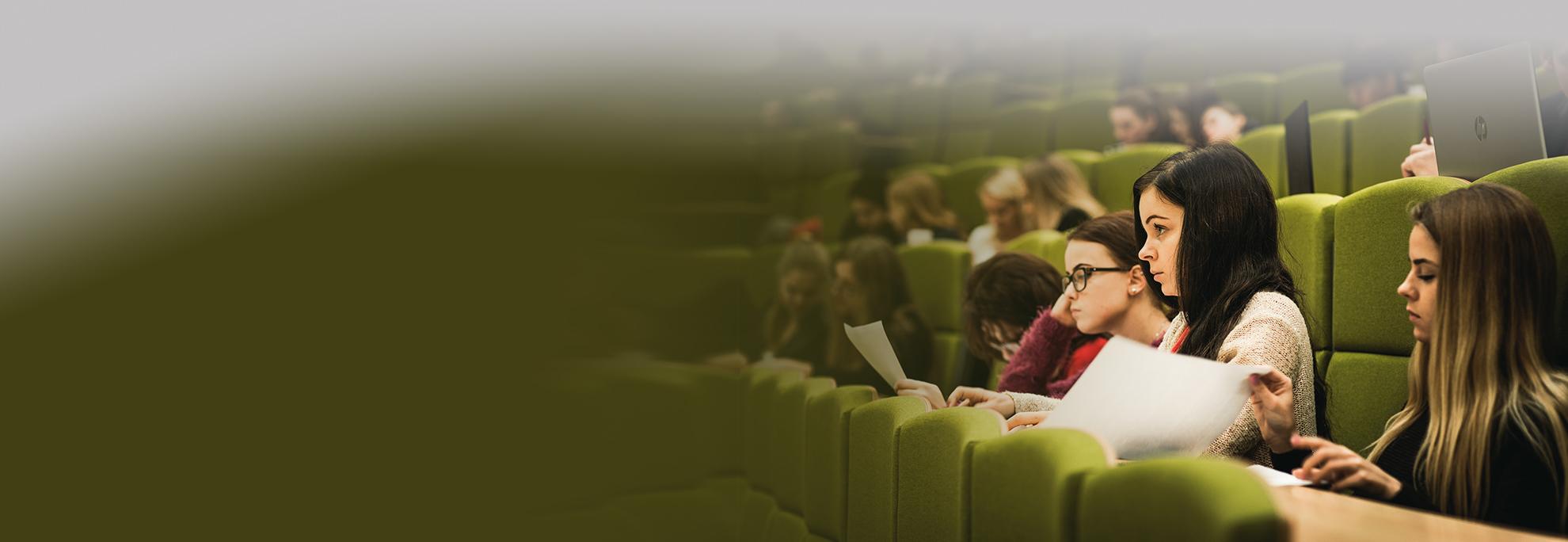 Modernios ir jaukios auditorijos