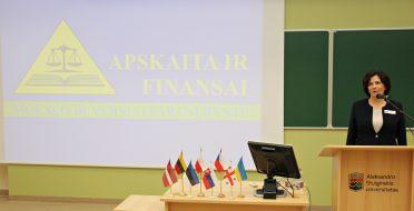 """Konferencijos """"Apskaita ir finansai: mokslo ir verslo partnerystė"""" atgarsiai"""