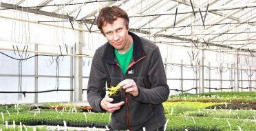 Gėlėmis pražydęs agronomo diplomas