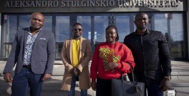 Dėl kokių priežasčių studijas ASU renkasi studentai iš tolimojo užsienio?